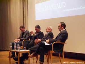 rançois Barque, Michel Destot, Pierre Mazeaud et Damien Riollant lors de la Conférence Montagne et Libertés, le 15/10/2015